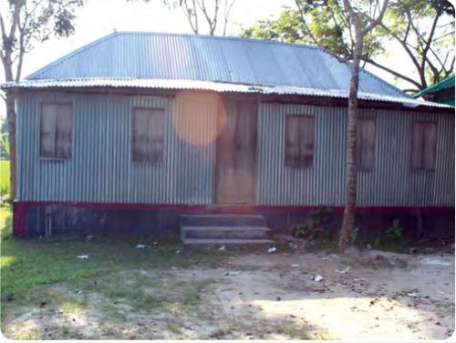অলংকারপুর মাধ্যমিক বিদ্যালয়ের টিনশেড ঘর নির্মাণ