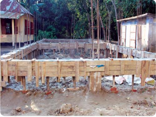 নির্মাণাধীন ধর্মতলা আদর্শ মাধ্যমিক বিদ্যালয় এর ভবন নির্মাণ